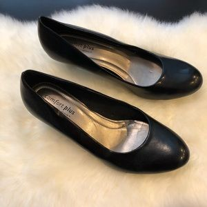 Comfort Plus by Predictions size 11W Black Heels